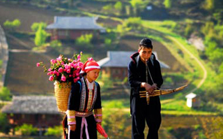 SAPA 2 DAYS / 1 NIGHT BY BUS / HOMESTAY